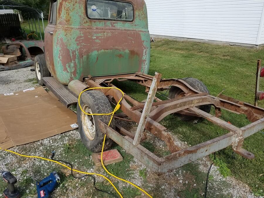 Removing 1947-54 Chevy Truck body from original chassis